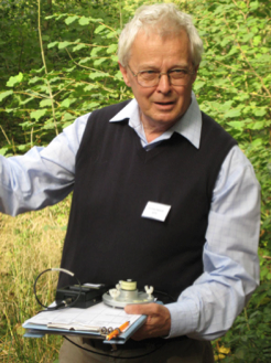 Rodney leading a session at the CCFG conference on Understanding daylight in the context of Continuous Cover Forestry, Westonbirt Arboretum, 2009.